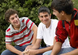 http://cf.ltkcdn.net/teens/images/std/190341-325x229-group-of-teen-boys.jpg