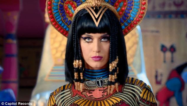 In the video Perry plays an Egyptian princess looking for a suitor but disintegrates each one when they displease her