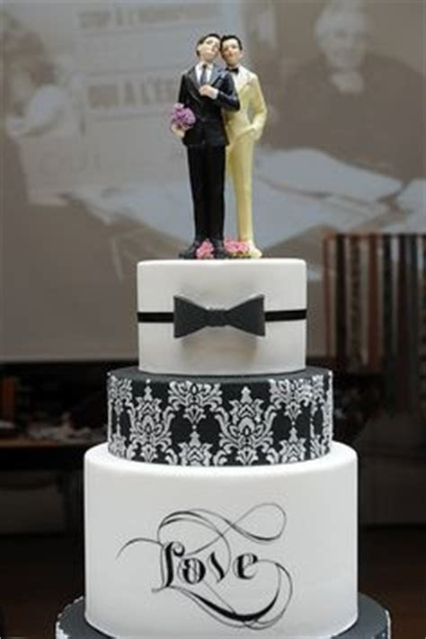 1000  ideas about Gay Wedding Cakes on Pinterest   Gay
