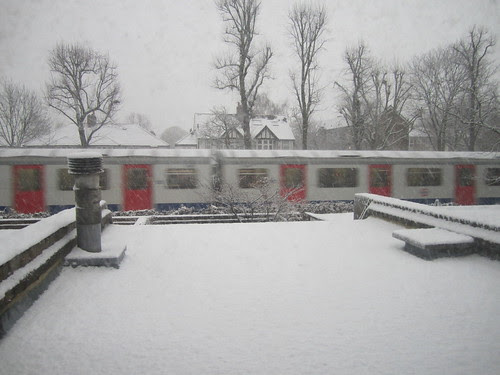 Snowy Tube 20th December 2010