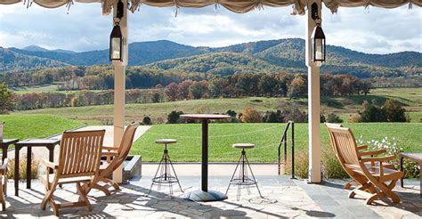 Charlottesville VA Winery & Vineyard   Wine Tastings