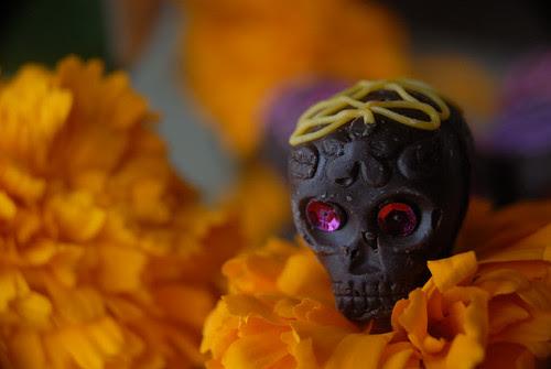 Sad skull thinking