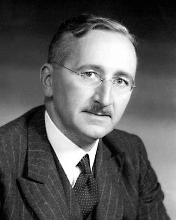 ファイル:Friedrich Hayek portrait.jpg