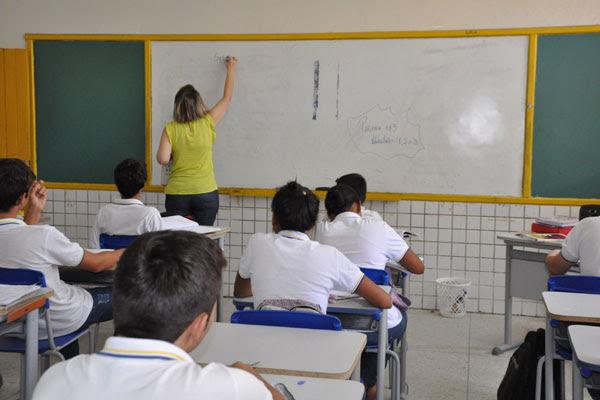 Resultado de imagem para professores sala de aula rn