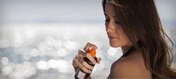 Protetores solares: sprays não tão eficazes