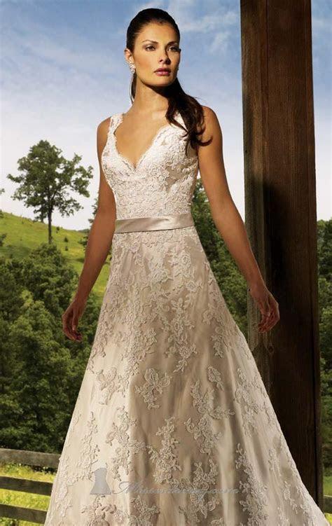 Ivory Lace Wedding Dress   line Floor length V neck Dress