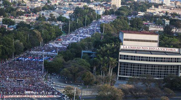Desfile del 1ro de Mayo de 2017 en La Habana. Foto: L Eduardo Domínguez/ Cubadebate.