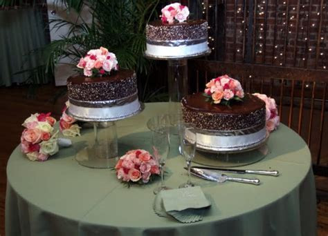 Separated Tier Wedding Cakes   A Wedding Cake Blog   Part 2