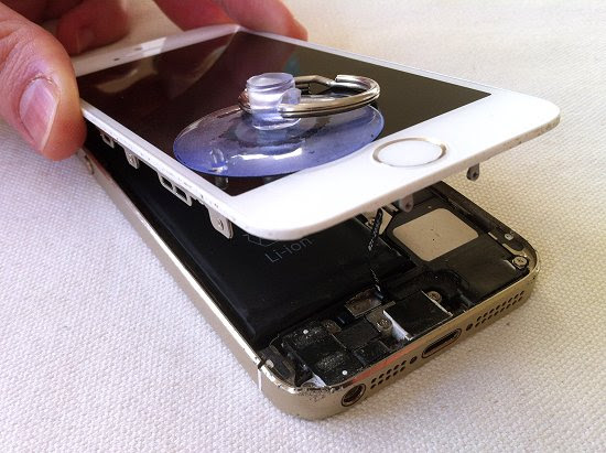 iPhone 5S disassembly stage 5