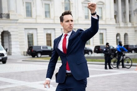 TREND ESSENCE:The Roots of Josh Hawley's Rage