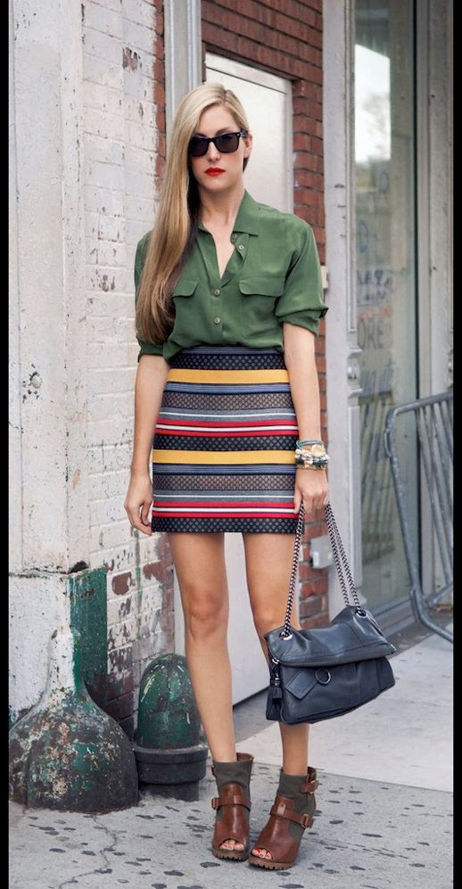 LE FASHION BLOG JOANNA HILLMAN STREET STYLE GREEN BUTTON DOWN SHIRT BRIGHT STRIPE SKIRT BOOTIES RED LIPSTICK LONG BLONDE HAIR EDITOR STYLE INSPIRATION EQUIPMENT FRIENDS AND FAMILY SALE 20% OFF DISCOUNT VIA CITIZEN COUTURE 2 photo LE-FASHION-BLOG-JOANNA-HILLMAN-STREET-STYLE-GREEN-BUTTON-DOWN-SHIRT-STRIPE-SKIRT--EQUIPMENT-FRIENDS-AND-FAMILY-SALE-VIA-CITIZEN-COUTURE-.jpg
