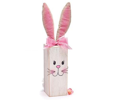 Wooden Post Bunny Decor