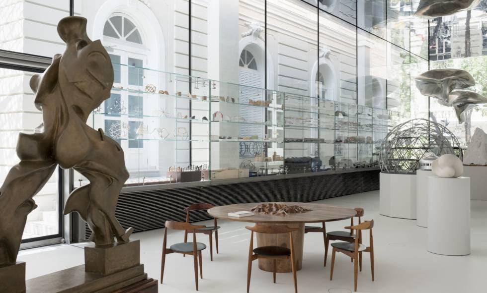 Interior de la fundación de Norman Foster en Madrid.