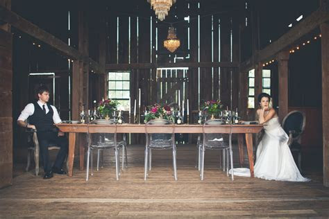 Vintage Barn Reception Decor   Elizabeth Anne Designs: The