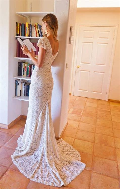 Bohemian Wedding Dress STRETCH LACE GOWN with Train