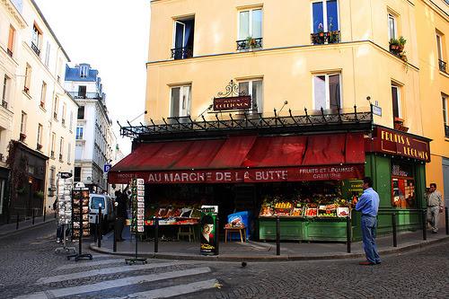 Amélie Poulain.Rue des Trois frères, Paris 18ème .jpg