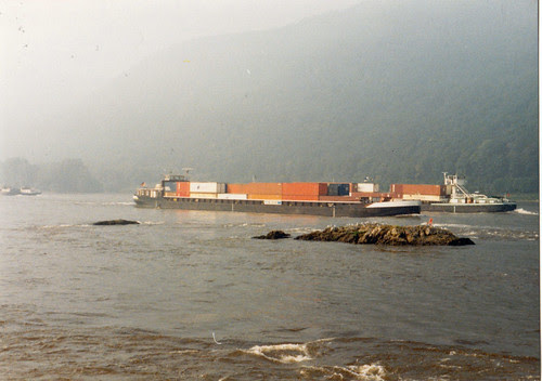 Rhine barge 2