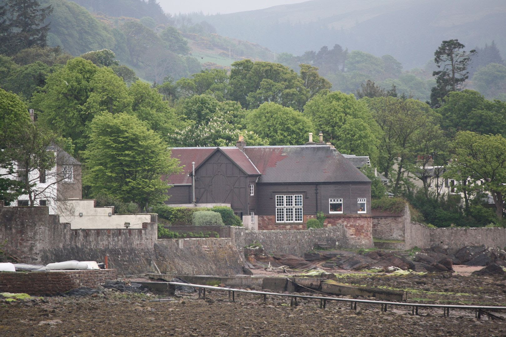 House Near Beach in Fairlie, Scotland photo 2014-05-142005_zps30312189.jpg