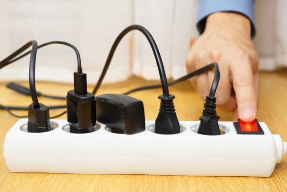 3 прибора которые потребляют электроэнергию, даже когда они выключены... Приму к сведению!
