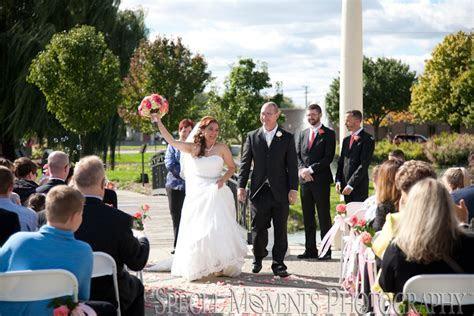 Detroit Michigan Wedding Planner Blog: Blossom Heath Inn