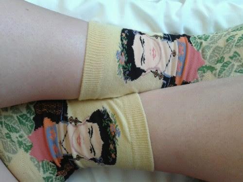 http://sandflies.tumblr.com/post/69433532506/its-a-frida-kinda-day