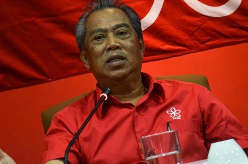Ucapan 'kepala bapak kau': Najib tak dapat kawal perasaan - Muhyiddin