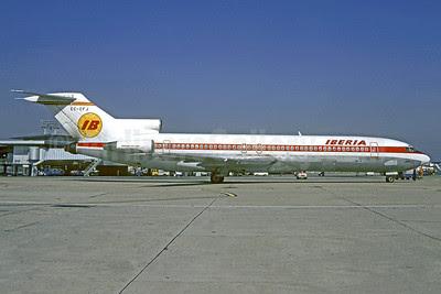 Iberia Boeing 727-256 EC-CFJ (msn 20820) ORY (Christian Volpati). Image: 913334.