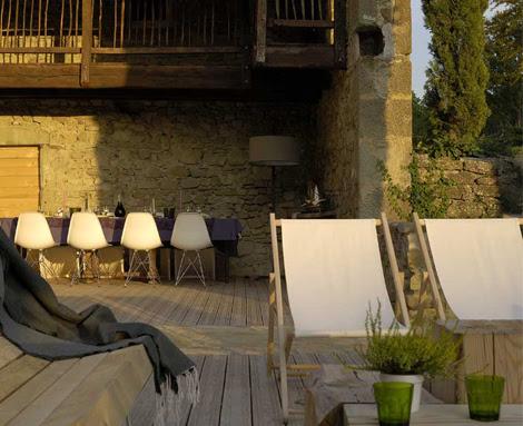 Villa in Tuscany by Martin and Garotin