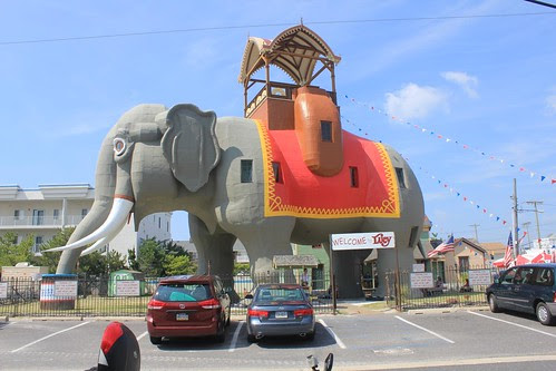 """Biggest Elephant in the World"" in Lucy, NJ"