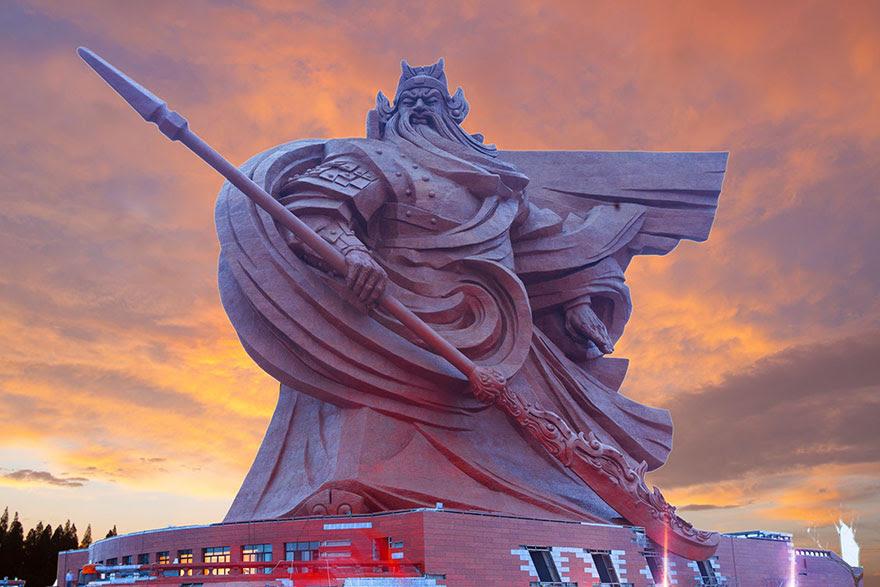 giant-war-god-statue-general-guan-yu-sculpture-china-10