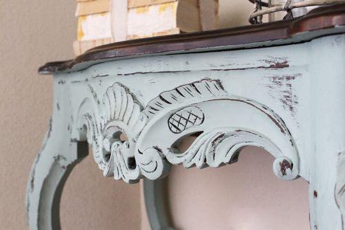 Mesa restaurada pintada con chalk paint