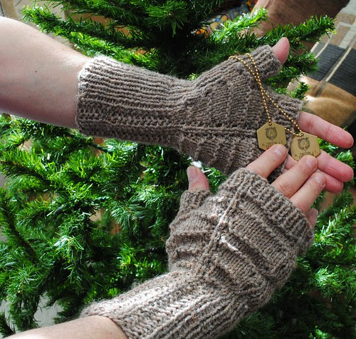 TargetAcquiredmitts (2)
