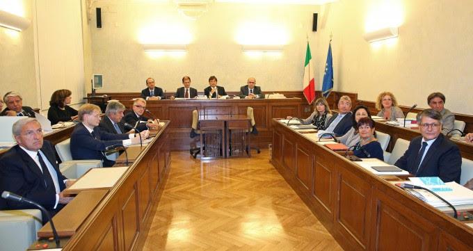 """Decadenza, slitta il voto in giunta Augello (Pdl): """"Berlusconi resti senatore"""""""