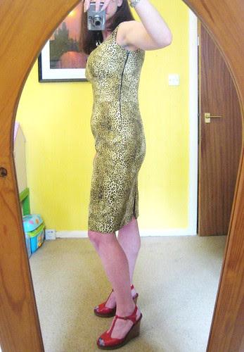 leopard dress side