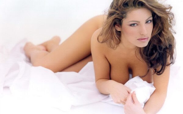 Kelly-Brook-medidas-perfectas-1