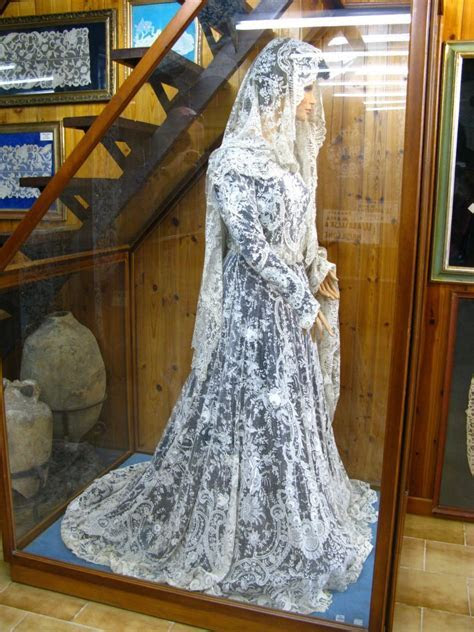 Hand made Burano lace wedding dress a little much to