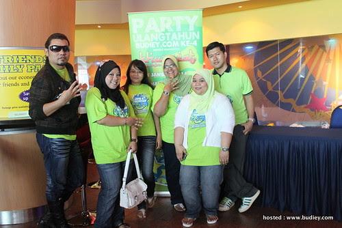Party Ulangtahun Budiey.com ke-4: Part 1
