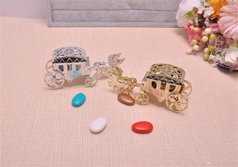 Horse Shape Cinderella Carriage Wedding Favor Boxes Candy