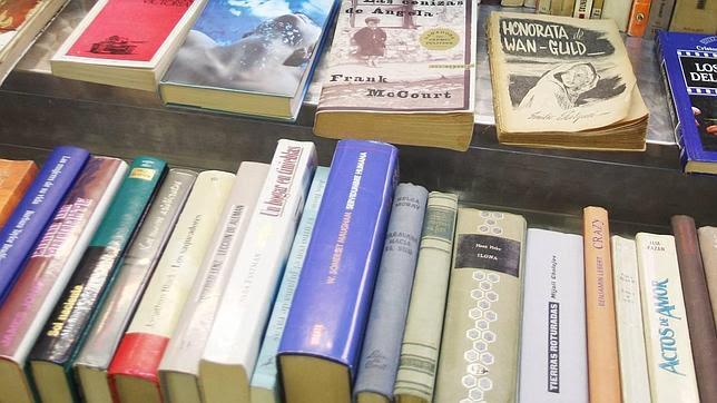 Devuelve un libro a la biblioteca después de 41 años porque «lee lento»