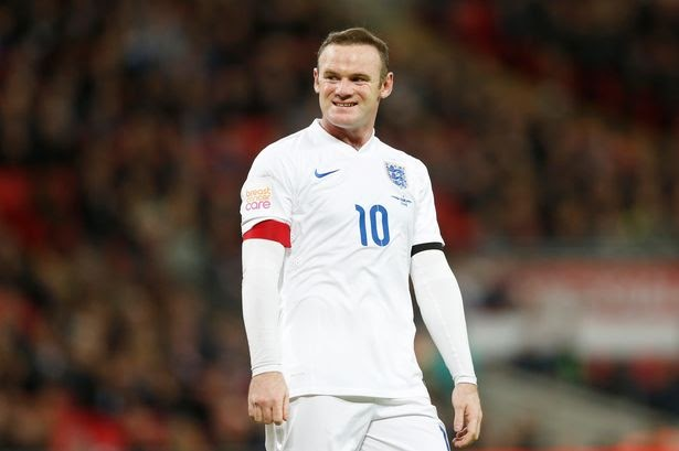 Another ex player says drop Rooney