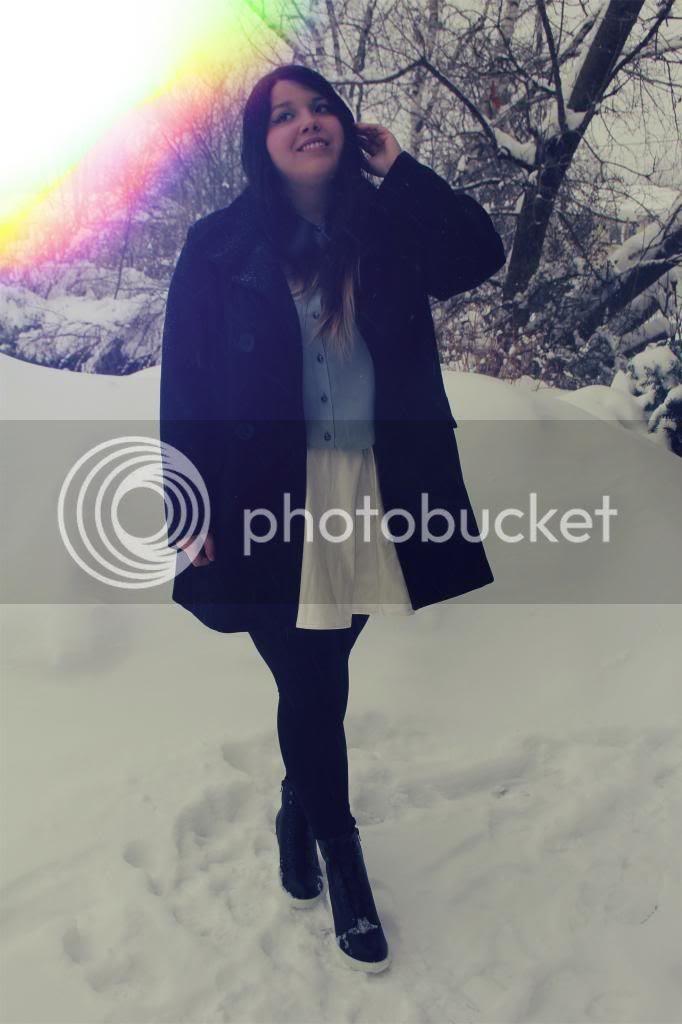 plus size fashion, fatshion february, plus size blogger, canadian winter, toronto, canada, fashion, full figured fashion, plus size white leather skirt, plus size sequin button up, new look heels, plus size, body positive, plus fashion, fatshion, fatshionista