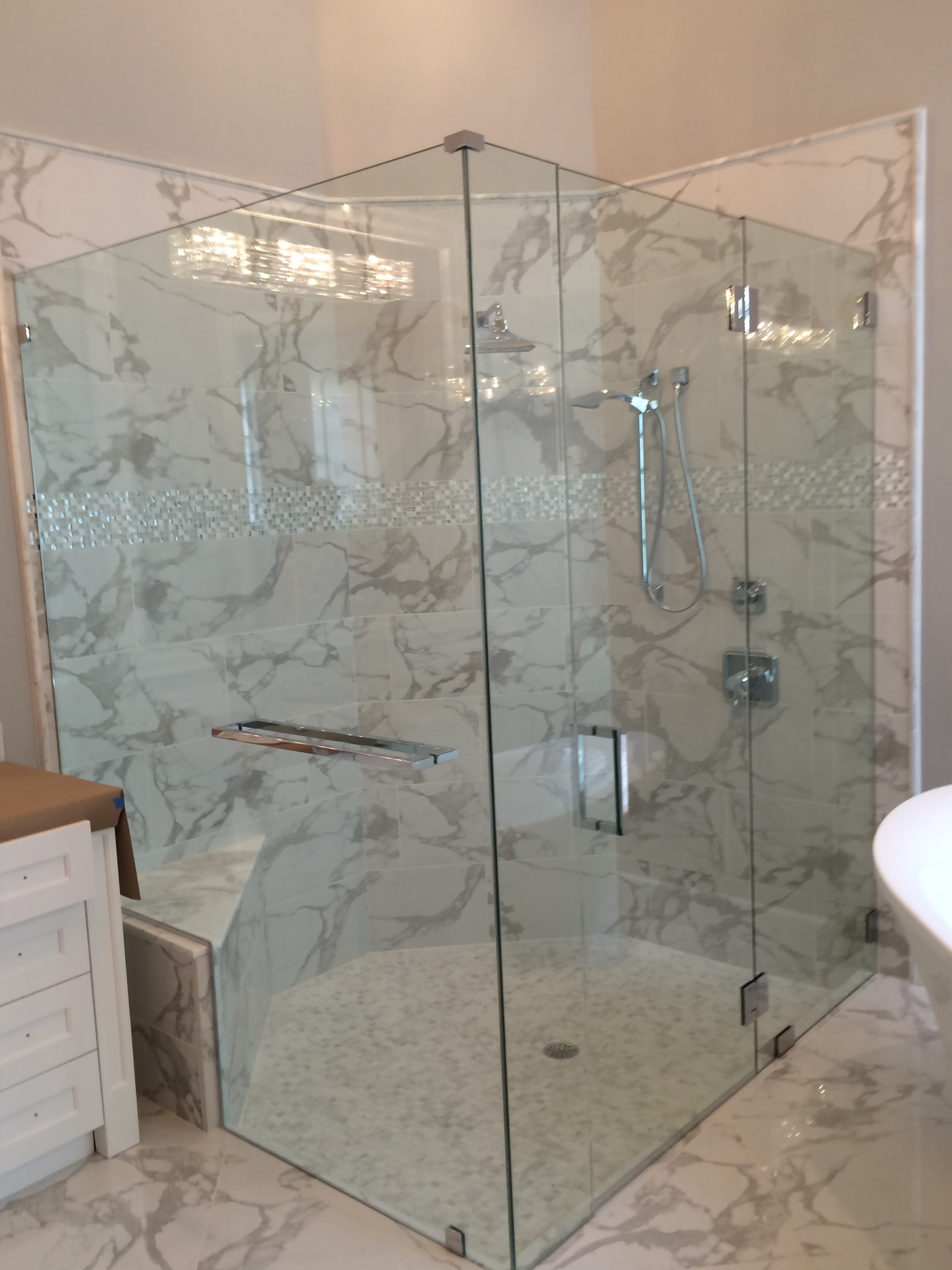 Which Options For Frameless Shower Doors The Glass Shoppe A