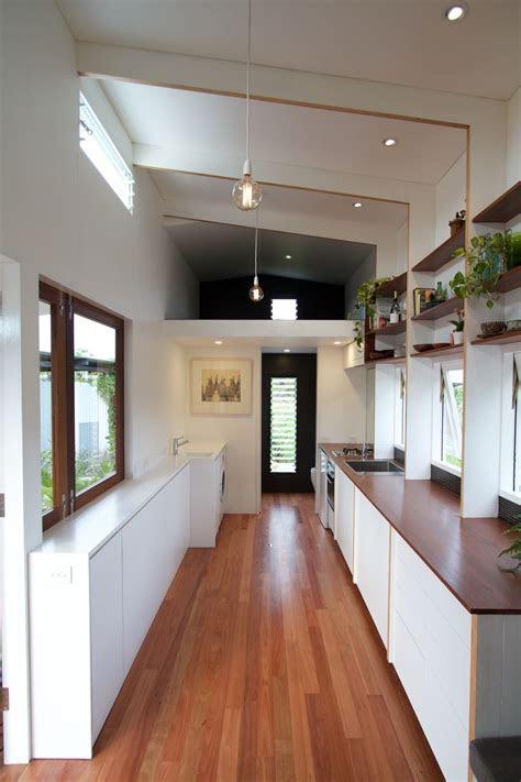 tiny houses australia ideas  pinterest tiny