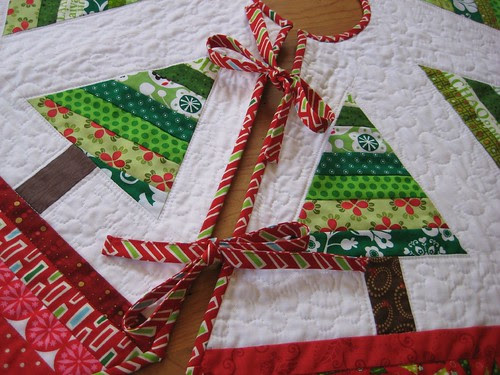 tree skirt ties