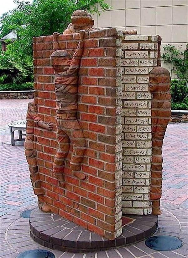 Astonishingly Life-Like Figuratives Sculptures (12)