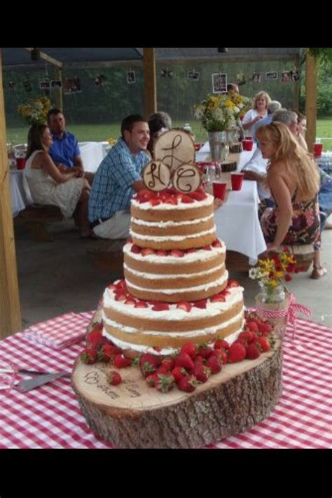 Strawberry Shortcake Wedding Cake.I like this idea for a