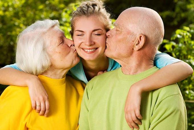 Пенсионеры имеют право на повышенную пенсию за детей-школьников или студентов
