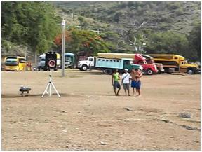 Dice José Daniel que alquiló 7 camiones para ir a la playa, ....apretó.....entonces el sultán de Palmarito ese día alquiló todos los camiones que estaban en la playa?. Clase de tipo ..... y por qué no puso fotos donde se viera la supuesta multitud que iba en esos camiones..?. La verdad que a José Daniel lo que hay que sancionarlo por mentiroso .