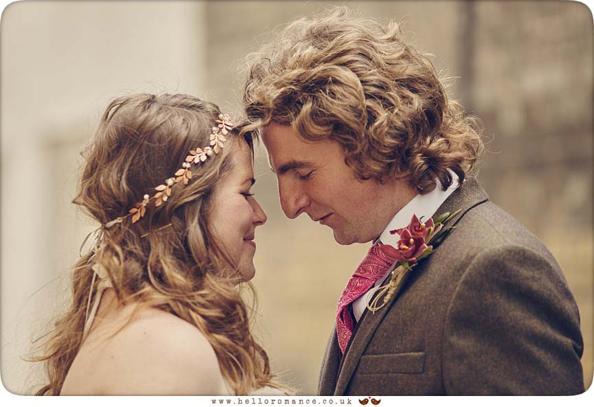 Cute wedding photo, Athenaeum Lane, Bury St Edmunds - www.helloromance.co.uk