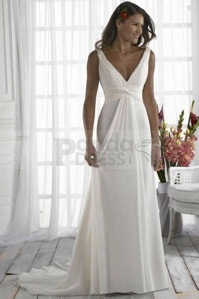 best wedding dress for broad shoulders Photo   3   DIY